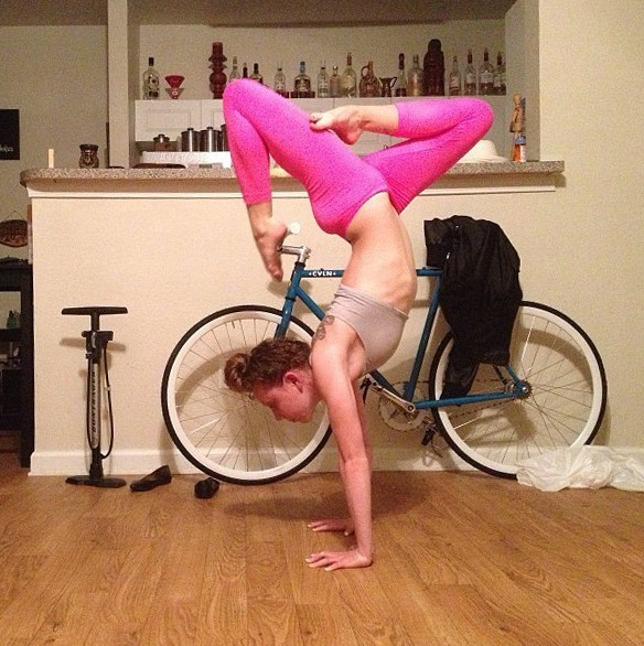 Девушки на велосипедах_4