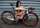 Девушки на велосипедах_14