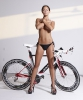 Девушки на велосипедах_15